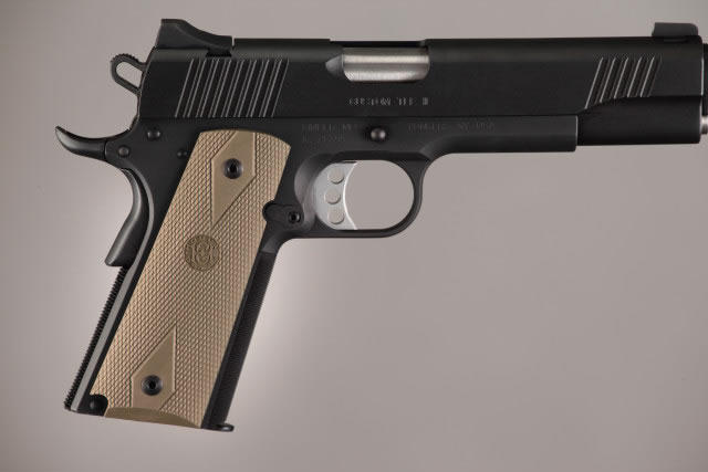 Hogue Molded Handgun Grip 1911 - Government 1911, Commander & Clones w/Grip Panels - FDE